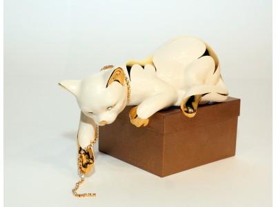 """Statulėlė """"Katė nuleista uodega"""""""