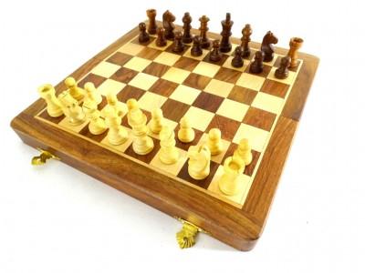 Mediniai magnetiniai šachmatai
