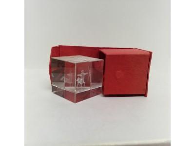 """Stiklo kubas su 3D zodiako ženklu """"Šaulys"""""""