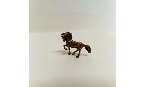 Metalinis arkliukas
