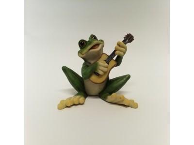 Statulėlė - varlė su gitara
