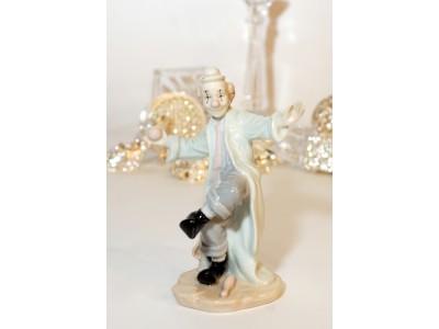 Statulėlė - klounas žonglierius