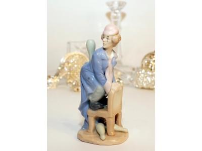 Statulėlė - klounas su kėgliais